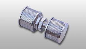 Double-headed pipe strainer